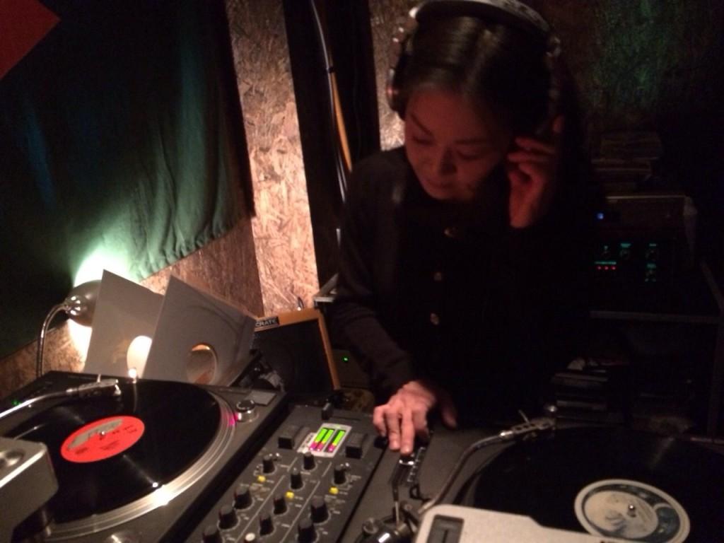 2015.2.8SUN Acoustic Live at Corner Stone Bar3
