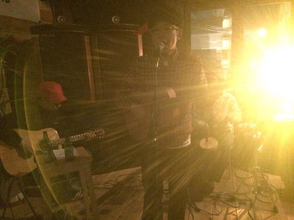 2015.2.8SUN Acoustic Live at Corner Stone Bar7_2