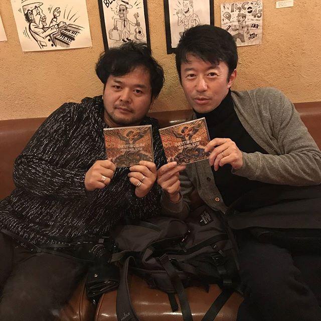 【OKアルバム御礼】神戸元町の2TONE CAFEで小学校からの同級生達がアルバムゲットしてくれたでー!と、カアコちゃんが連絡くれました♪ちょうど参加予定やった新年会が東京ライブで行けなかったけど、みんなおおきにありがとうー★★★ あかん、まだまだ渡せてない人たくさんおる。。ほんますいません。。今年も届けに回ろうと思います。#originalkose #original_kose #オリジナルコーセー#origidub #origidubstudio #everyting_is_OK #everytingisok#japan #japanese #madeinjapan #japanmade #日本#reggae #dub #dancehall #roots #stepper #digikal #killer#soundsystem #dubwize #deejay #singjay